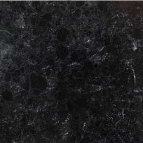 Poliran - črne barve